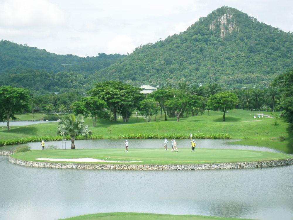 Khao Kheow Golf